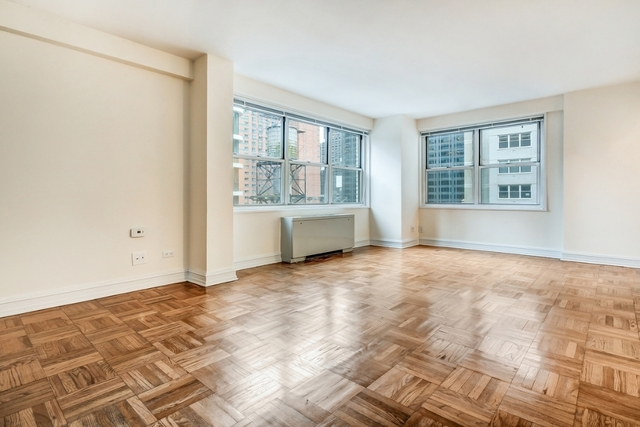 Studio, Theater District Rental in NYC for $2,470 - Photo 1
