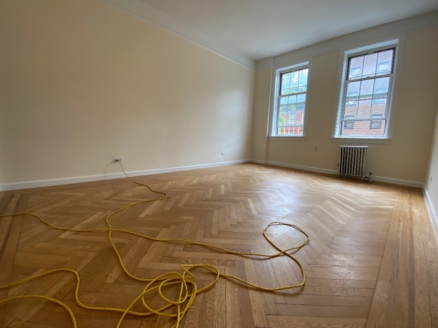 2 Bedrooms, West Village Rental in NYC for $5,040 - Photo 1