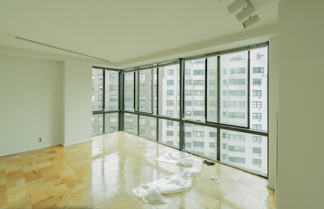 3 Bedrooms, Sutton Place Rental in NYC for $6,508 - Photo 2