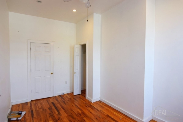 2 Bedrooms, East Williamsburg Rental in NYC for $2,800 - Photo 2