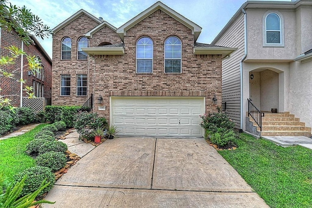 4 Bedrooms, Lake at Stonehenge Rental in Houston for $3,500 - Photo 2