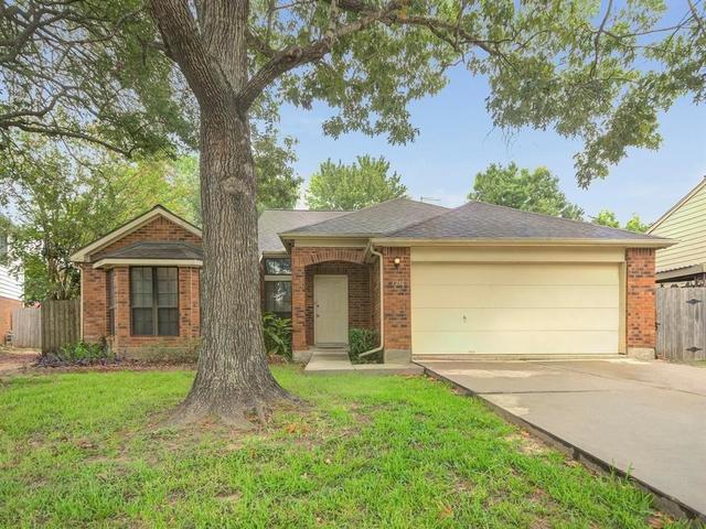 4 Bedrooms, Bay Glen Rental in Houston for $1,895 - Photo 1