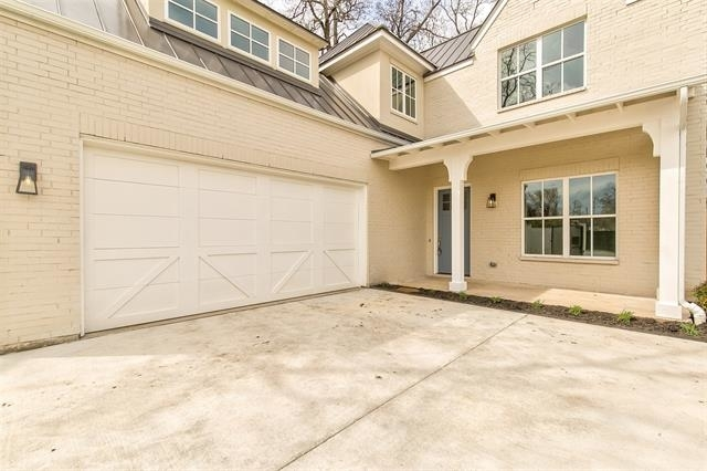 4 Bedrooms, Fort Worth Rental in Dallas for $4,850 - Photo 2
