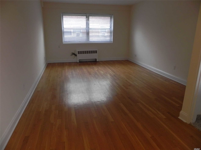1 Bedroom, Great Neck Plaza Rental in Long Island, NY for $1,895 - Photo 2