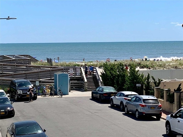 2 Bedrooms, West End Rental in Long Island, NY for $2,800 - Photo 2