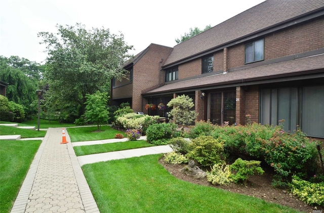 3 Bedrooms, North Hills Rental in Long Island, NY for $4,500 - Photo 2