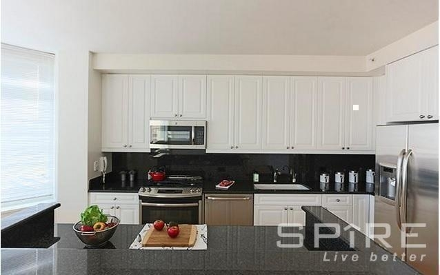 3 Bedrooms, Lincoln Square Rental in NYC for $8,900 - Photo 2