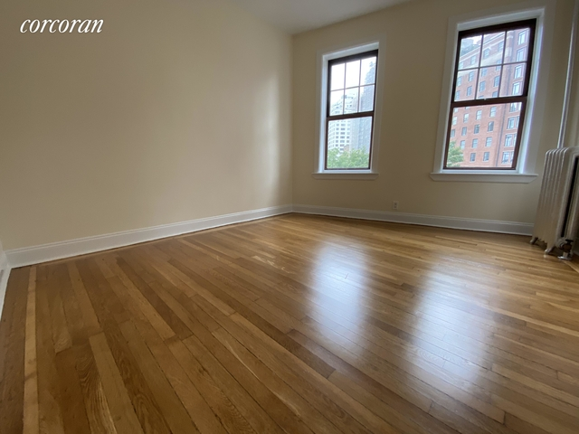 2 Bedrooms, West Village Rental in NYC for $4,133 - Photo 1