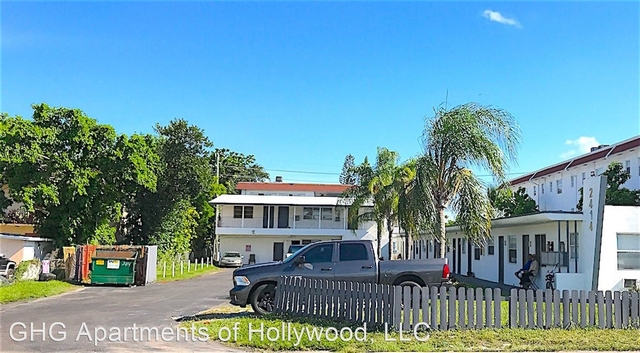 1 Bedroom, North Central Hollywood Rental in Miami, FL for $1,075 - Photo 2