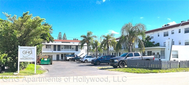 1 Bedroom, North Central Hollywood Rental in Miami, FL for $1,075 - Photo 1