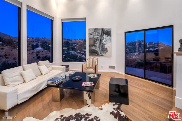 4 Bedrooms, Hollywood United Rental in Los Angeles, CA for $8,200 - Photo 2