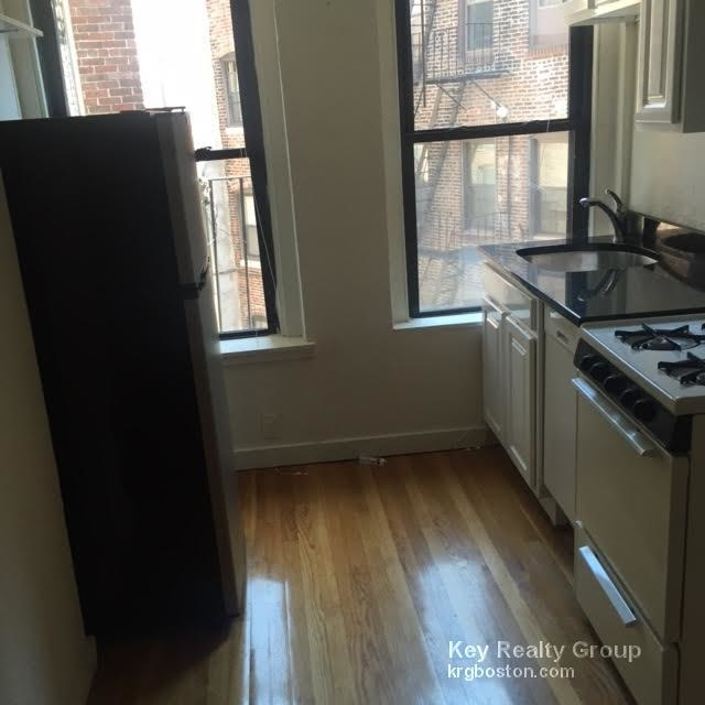 2 Bedrooms, Waterfront Rental in Boston, MA for $2,600 - Photo 2