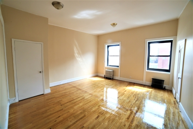 5 Bedrooms, Greenwich Village Rental in NYC for $7,000 - Photo 1