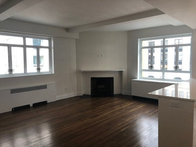 Studio, Theater District Rental in NYC for $4,500 - Photo 1