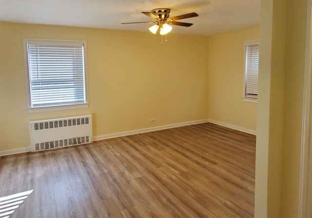 1 Bedroom, Briarwood Rental in NYC for $1,785 - Photo 2