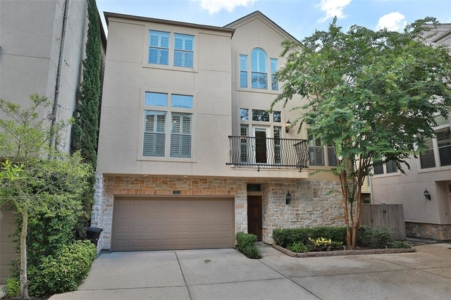 3 Bedrooms, Washington Avenue - Memorial Park Rental in Houston for $3,100 - Photo 1