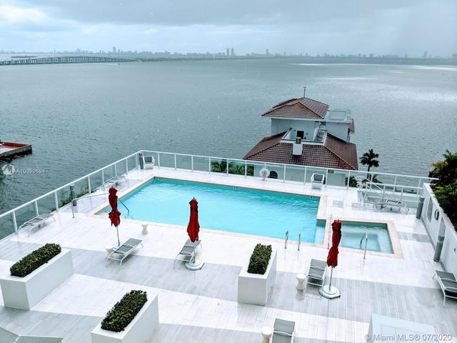 2 Bedrooms, Goldcourt Rental in Miami, FL for $3,500 - Photo 1