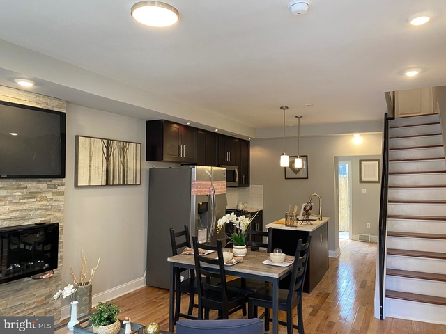 3 Bedrooms, Avenue of the Arts North Rental in Philadelphia, PA for $2,200 - Photo 2