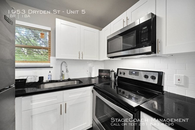 1 Bedroom, Southgate Rental in Houston for $1,499 - Photo 2