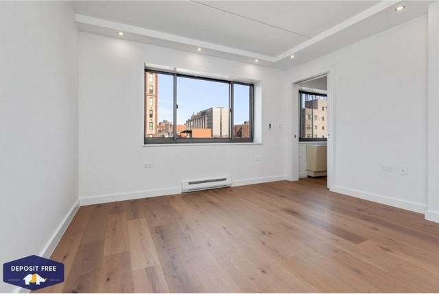 3 Bedrooms, Two Bridges Rental in NYC for $5,793 - Photo 2