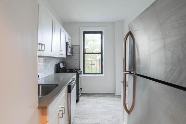 2 Bedrooms, Astoria Rental in NYC for $2,654 - Photo 1