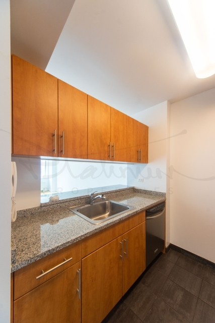 1 Bedroom, Financial District Rental in NYC for $3,246 - Photo 2