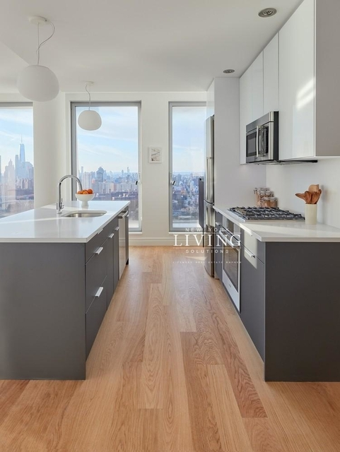 3 Bedrooms, Williamsburg Rental in NYC for $9,663 - Photo 1