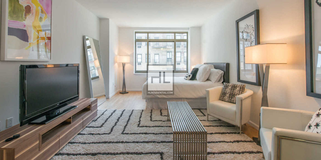 2 Bedrooms, West Village Rental in NYC for $6,717 - Photo 1