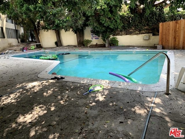 2 Bedrooms, North Inglewood Rental in Los Angeles, CA for $1,895 - Photo 2