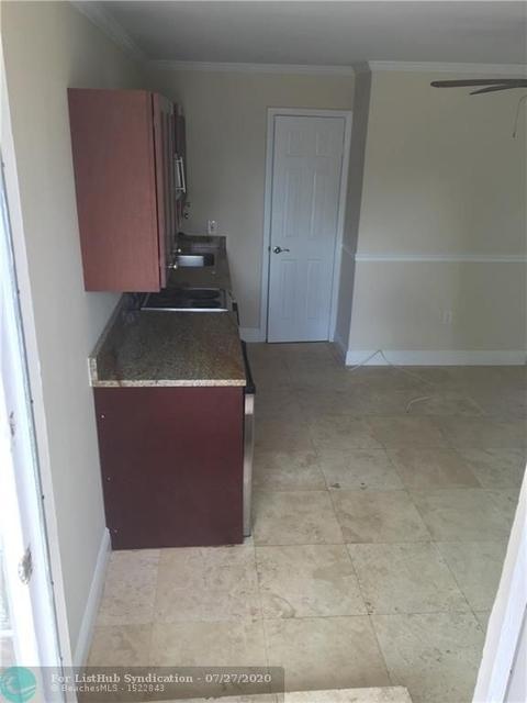 Studio, Central Beach Rental in Miami, FL for $1,250 - Photo 1