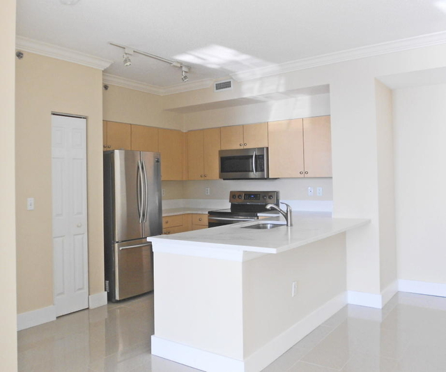 2 Bedrooms, Clearwater Park Rental in Miami, FL for $1,850 - Photo 2