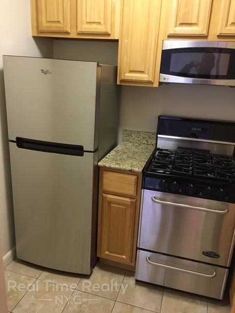 Studio, Hell's Kitchen Rental in NYC for $2,575 - Photo 2