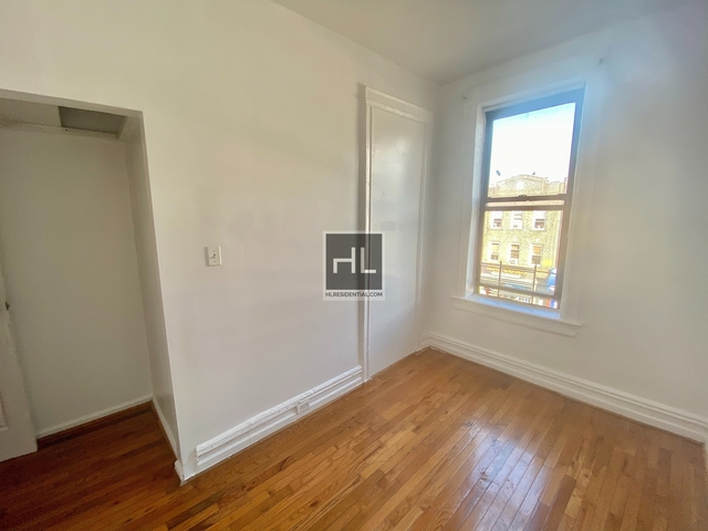 3 Bedrooms, Sunset Park Rental in NYC for $2,100 - Photo 2