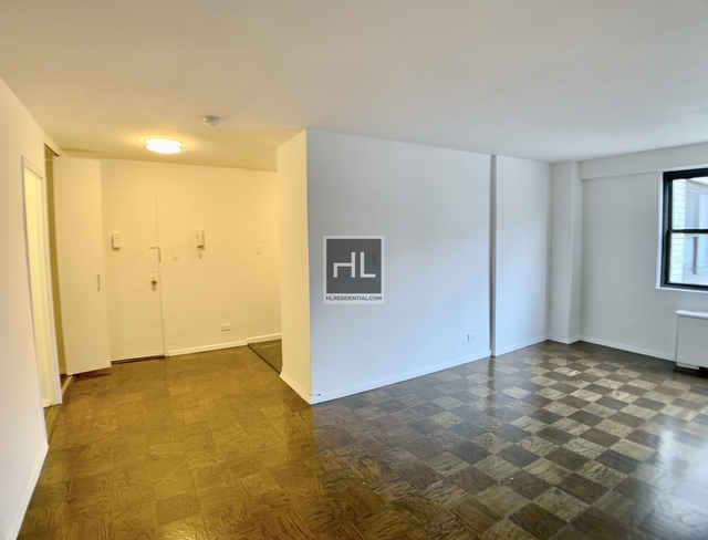 Studio, Gramercy Park Rental in NYC for $3,300 - Photo 2