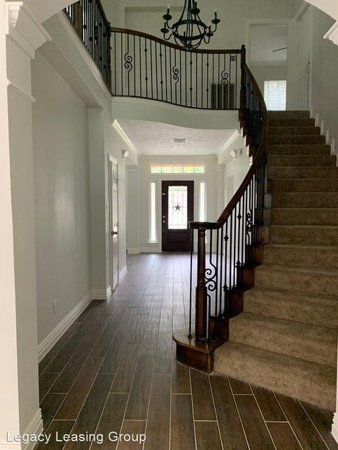 4 Bedrooms, Mills Creek Village Rental in Houston for $2,595 - Photo 2