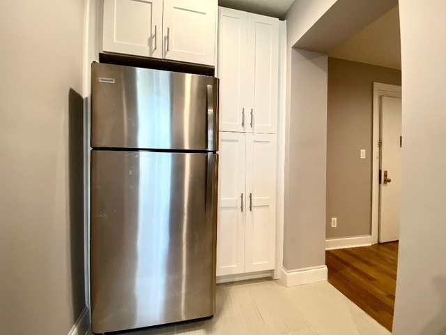 4 Bedrooms, Lower East Side Rental in NYC for $6,962 - Photo 2