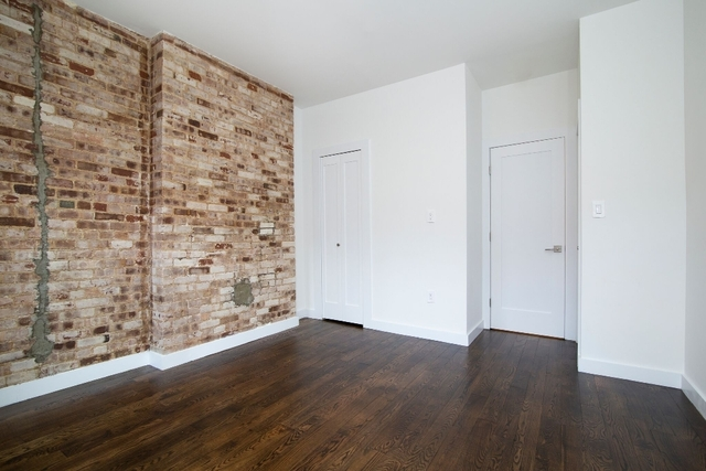 3 Bedrooms, Yorkville Rental in NYC for $4,246 - Photo 1