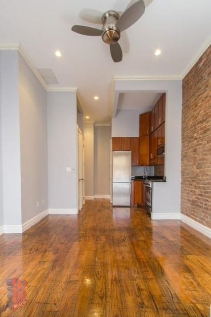 2 Bedrooms, West Village Rental in NYC for $3,800 - Photo 2
