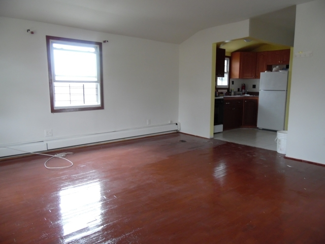 3 Bedrooms, St. Albans Rental in NYC for $2,100 - Photo 1