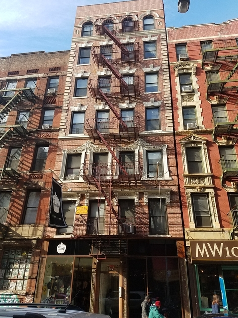 2 Bedrooms, Little Italy Rental in NYC for $2,800 - Photo 1