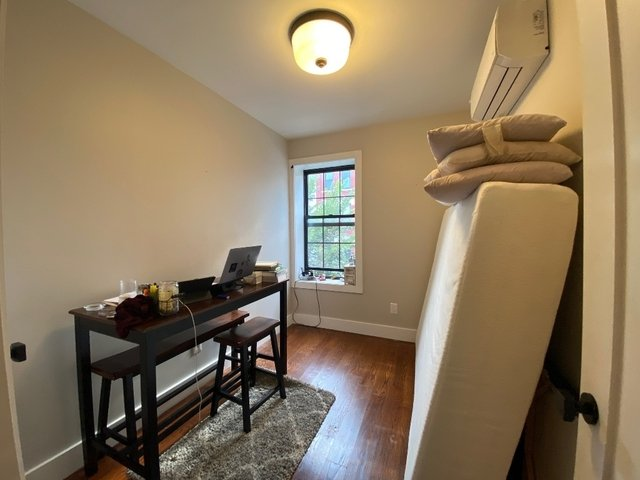 2 Bedrooms, East Williamsburg Rental in NYC for $2,990 - Photo 2