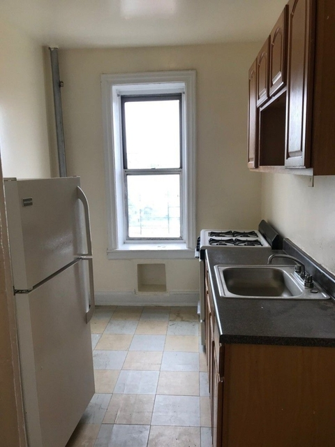1 Bedroom, Carnegie Hill Rental in NYC for $1,650 - Photo 1