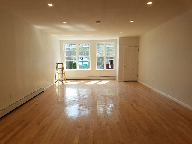 2 Bedrooms, Bay Ridge Rental in NYC for $3,400 - Photo 2