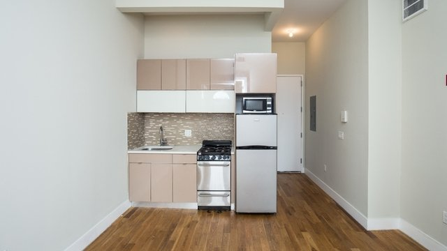 3 Bedrooms, Crown Heights Rental in NYC for $2,875 - Photo 1