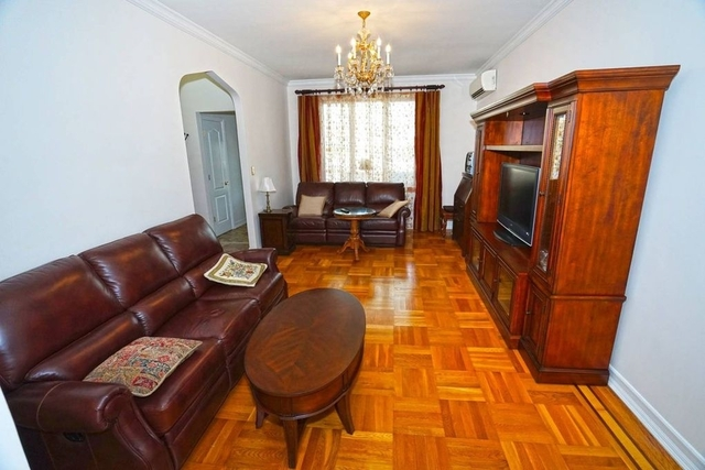 3 Bedrooms, Sheepshead Bay Rental in NYC for $3,200 - Photo 2