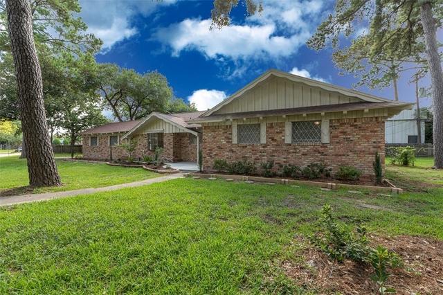3 Bedrooms, Royal Oaks Rental in Houston for $1,995 - Photo 2