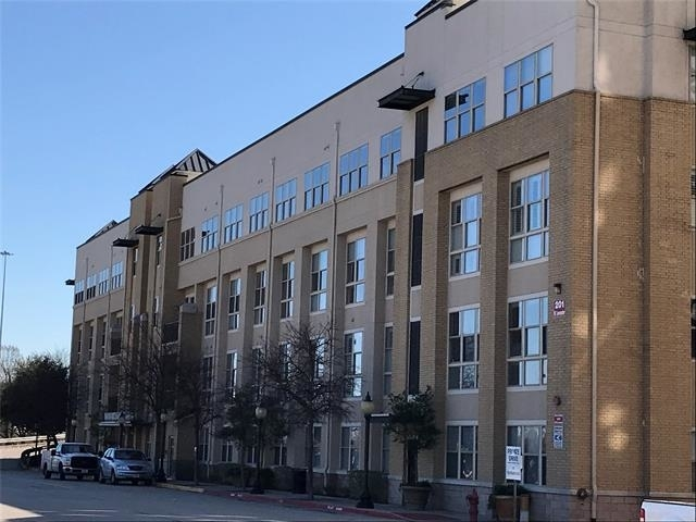 2 Bedrooms, Downtown Fort Worth Rental in Dallas for $1,875 - Photo 2