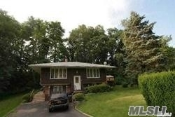 4 Bedrooms, Port Jefferson Station Rental in Long Island, NY for $2,900 - Photo 2