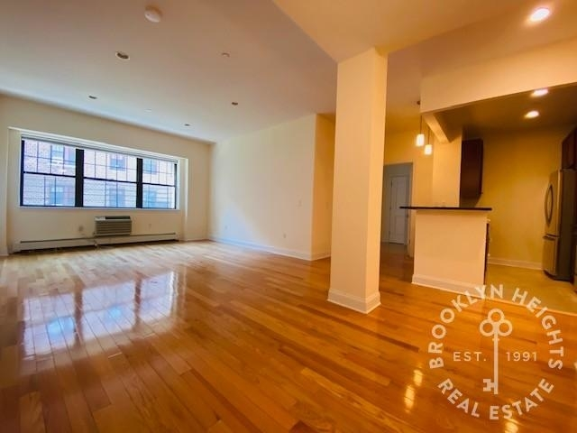3 Bedrooms, Brooklyn Heights Rental in NYC for $5,200 - Photo 1
