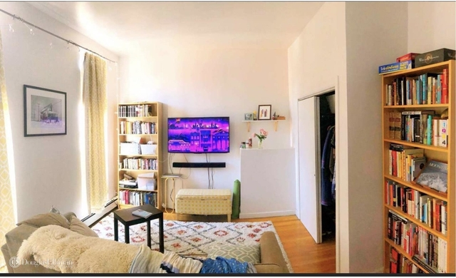 2 Bedrooms, Prospect Heights Rental in NYC for $3,200 - Photo 2